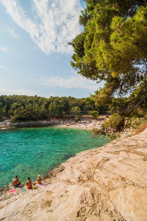Пляж в пулах, Хорватии стоковое изображение