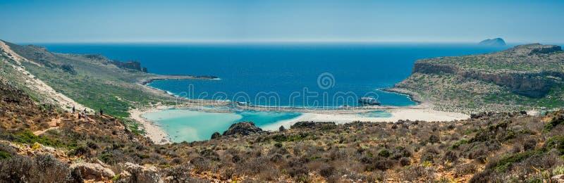 Пляж Греции, Крита Balos Панорама от высокой точки холма стоковое фото rf
