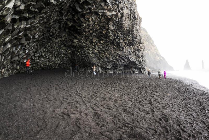 Пляж Исландия отработанной формовочной смеси стоковая фотография rf