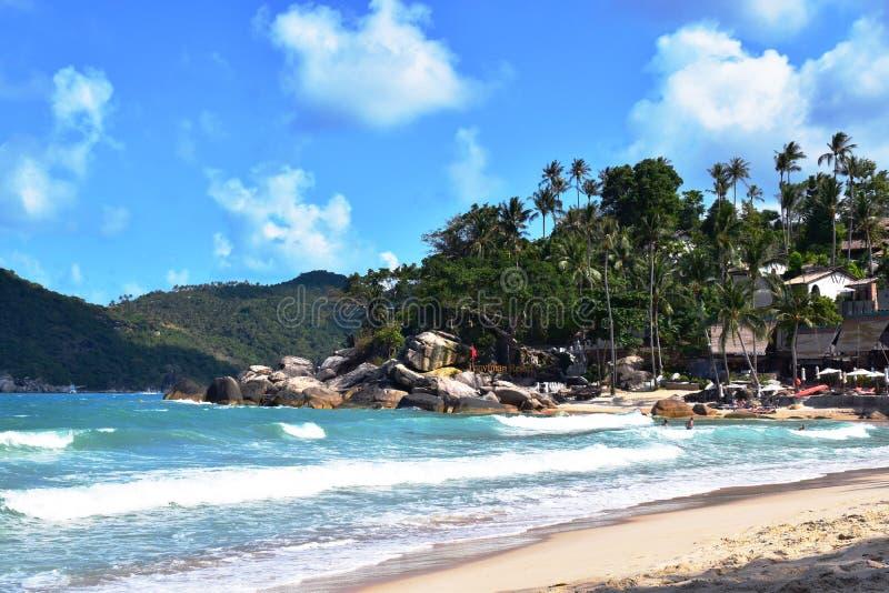 Пляж на острове Phangan, Таиланде стоковые фото