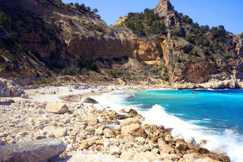 Пляж около залива Altea стоковое изображение rf