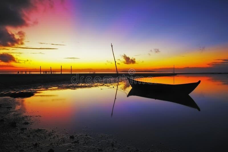 Пляж папапайи восхода солнца стоковая фотография rf