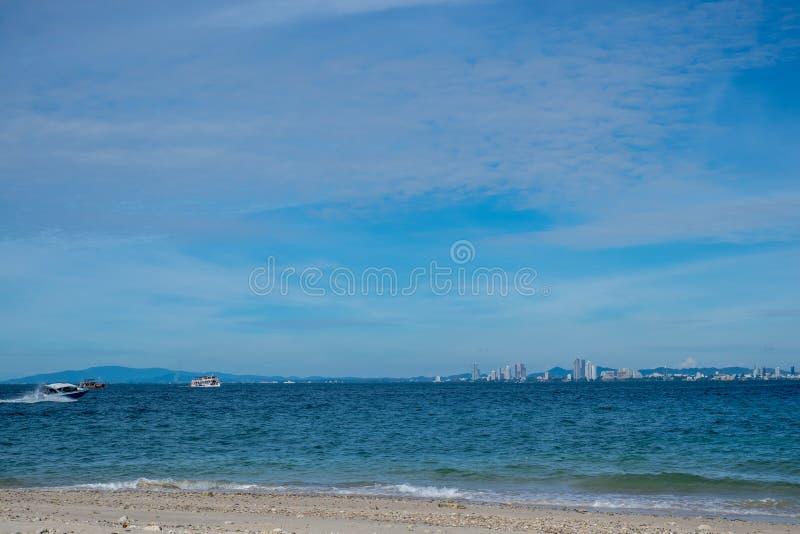 Пляж Паттайя scape моря, Таиланд стоковые изображения rf