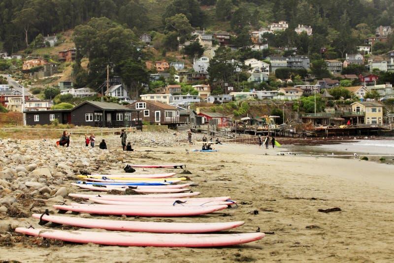Пляж положения Pacifica в Сан-Франциско стоковые изображения rf