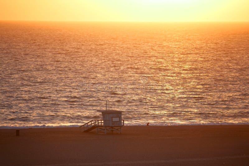 Пляж Санта-Моника на заходе солнца стоковое изображение rf