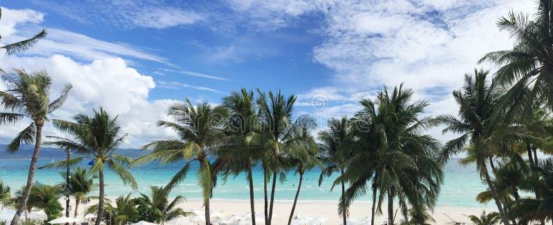 Пляж с белым песком Boracay стоковые изображения