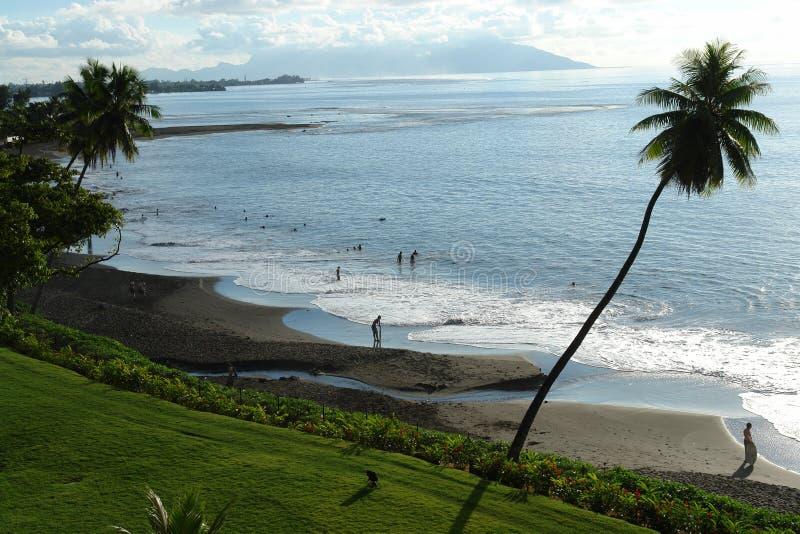 Пляж Таити отработанной формовочной смеси стоковое изображение rf