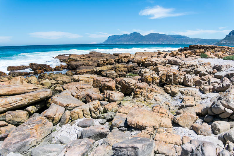 Пляж утесов стоковое изображение
