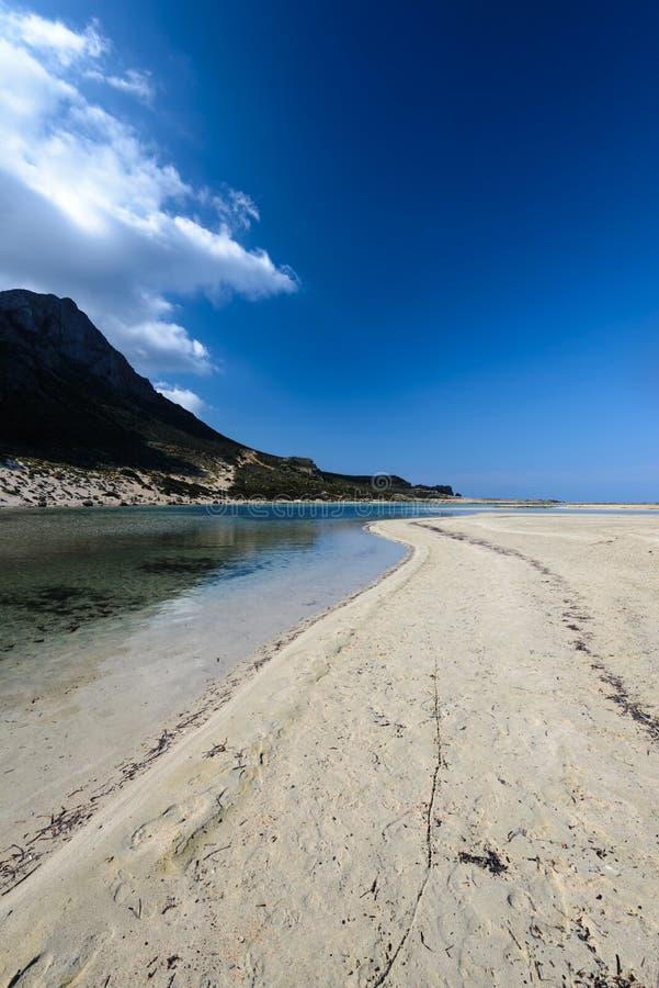 Пляж шариков в западном Крите, Греции стоковое изображение