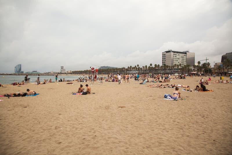 Пляж Barceloneta стоковая фотография rf