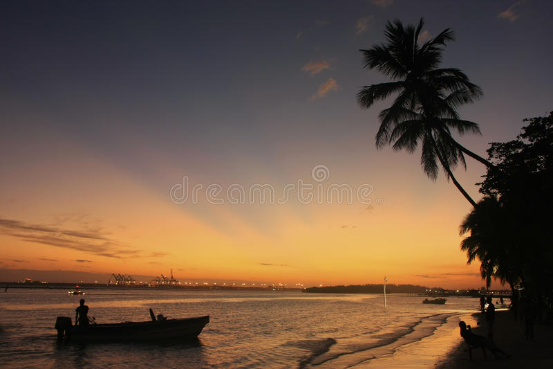 Пляж Boca Chica на заходе солнца стоковые изображения rf