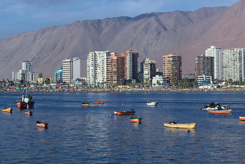 Пляж Cavancha в Iquique, Чили стоковые изображения rf
