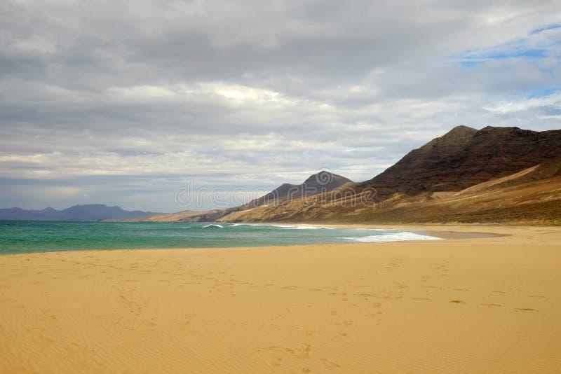 Пляж Cofete на Фуэртевентуре, Испании стоковое изображение rf