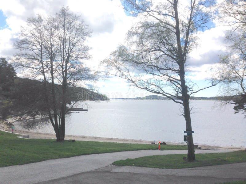 Пляж Høysand в предыдущей весне стоковое фото rf