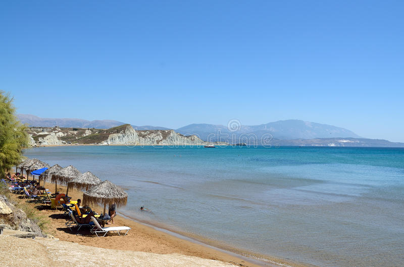Пляж Kounopetra в Kefalonia, Греции стоковые фотографии rf