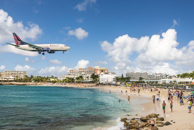 Пляж Maho на Sint Maarten стоковое изображение rf