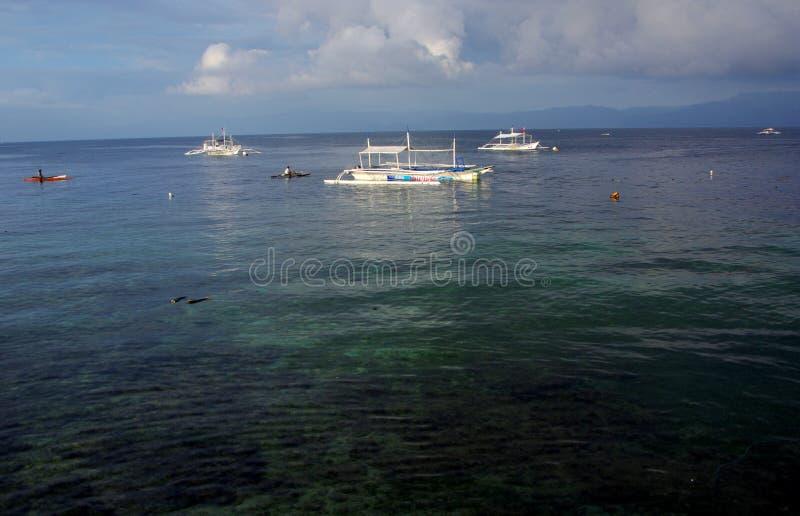 Download Пляж Panagsama редакционное стоковое изображение. изображение насчитывающей подныривание - 81810204