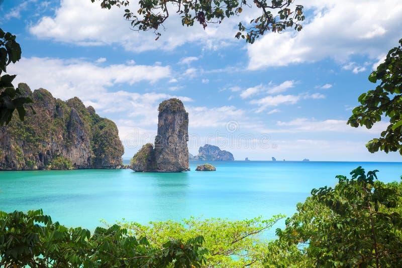 Пляж Railay в Krabi Таиланде стоковые фотографии rf