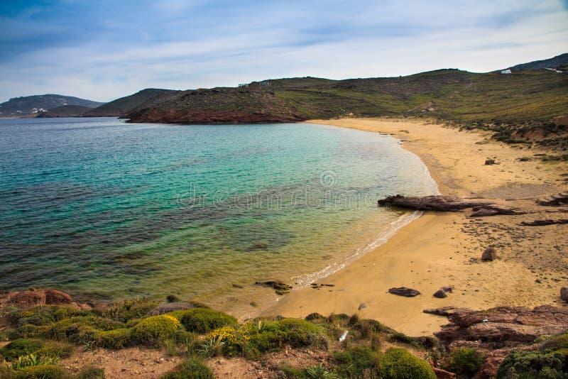Пляж Sostis ажио в Mykonos, Греции стоковые изображения