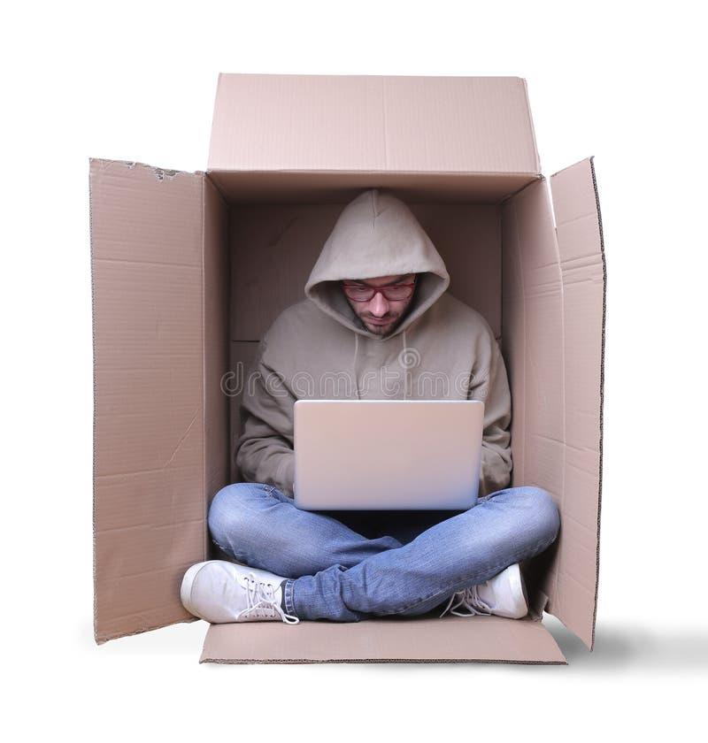 Работа в картонной коробке стоковая фотография