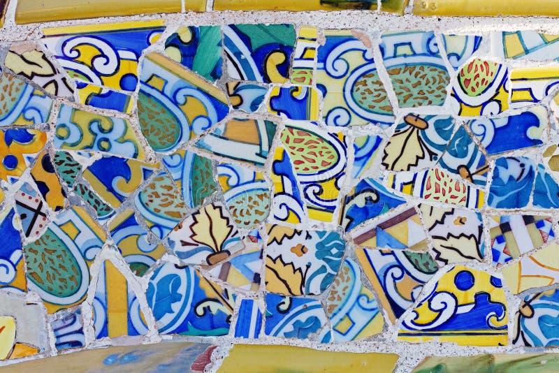 Работа мозаики Gaudi на парке Guell стоковое изображение
