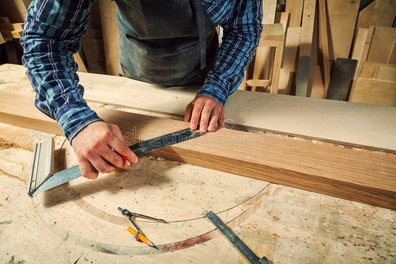 Работа плотника стоковая фотография