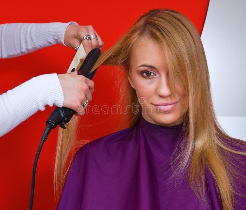 работа стилизатора волос стоковые изображения
