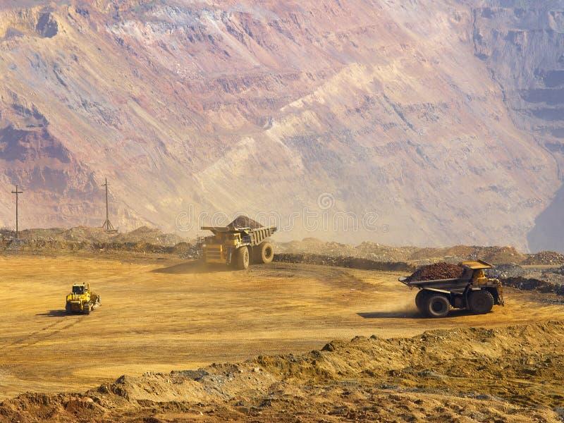 работа шахты бросания открытая стоковое изображение