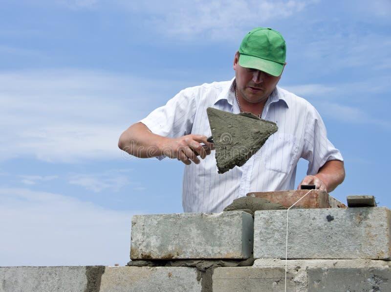 работа bricklayer стоковая фотография rf
