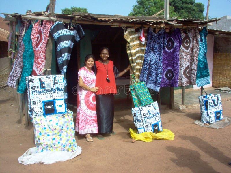 Работники Гвинеи-Бисау в Африке стоковые фотографии rf