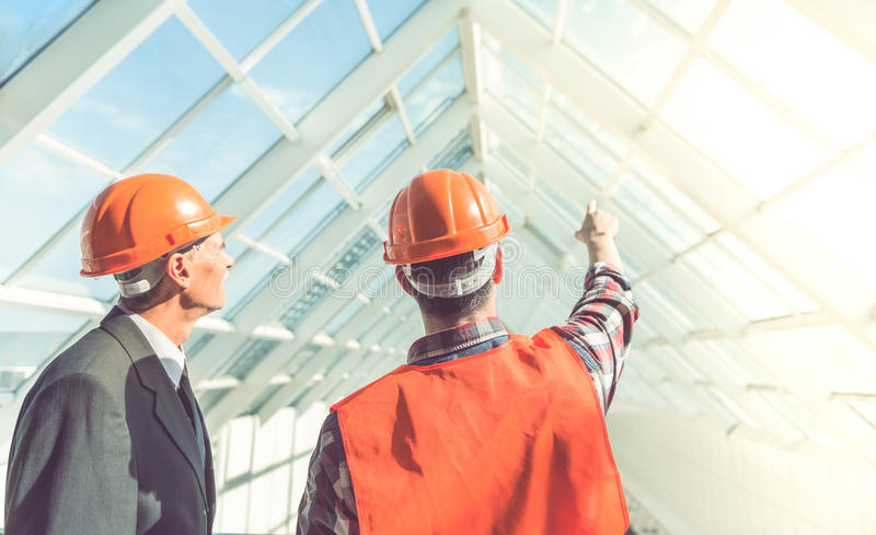 Работники строительной промышленности стоковая фотография