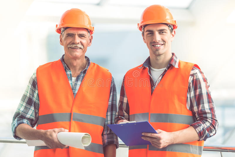 Работники строительной промышленности стоковое фото rf