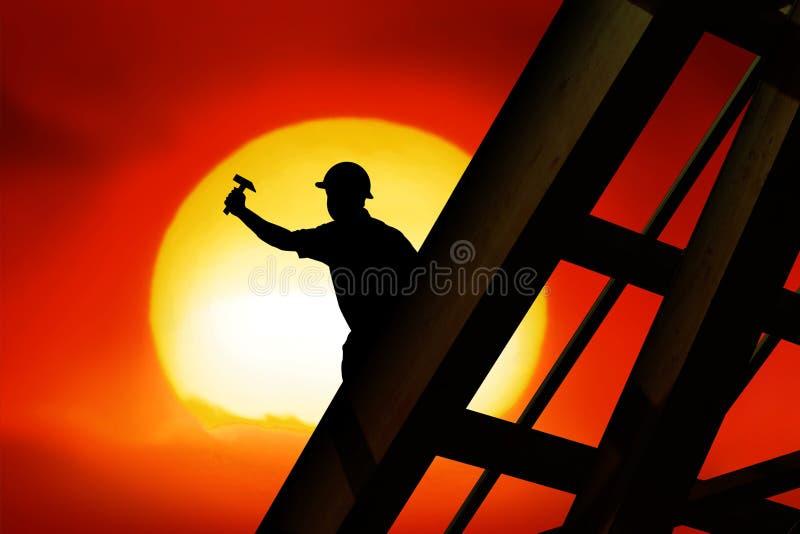 работник крыши иллюстрация вектора