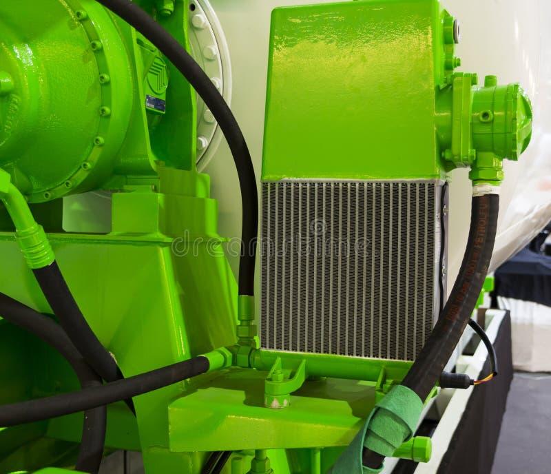 Радиатор для охлаждать конкретного смешивая барабанчика стоковые фото