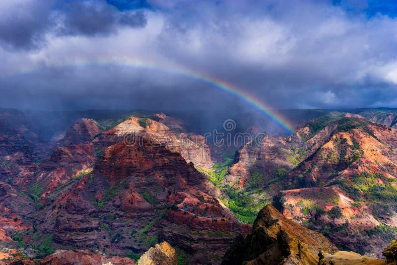 Радуга каньона Waimea стоковые фото