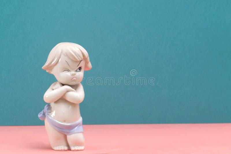 Раж, обида, разочарование или депрессия на ребенке стоковые фото