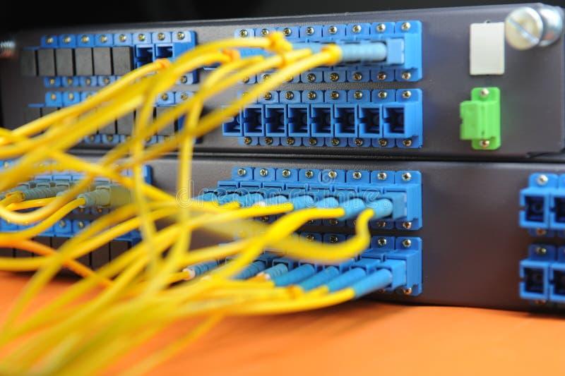 разбивочная технология серверов данных стоковые фотографии rf