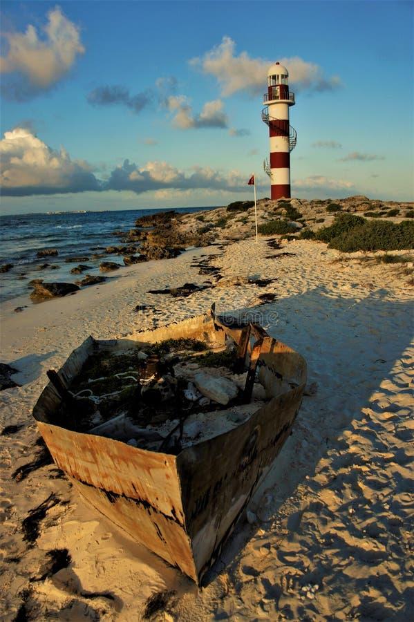 Развалина около фары ` s Cancun стоковое фото