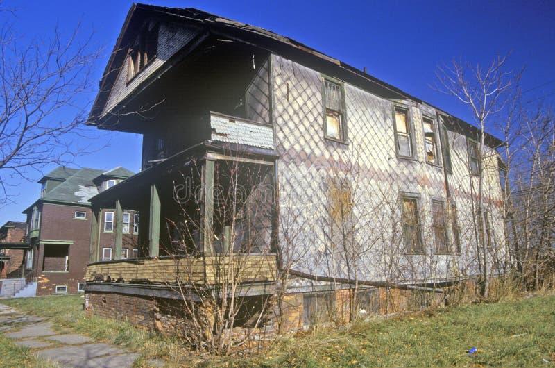 Разваленное здание в Детройте, трущоба MI стоковая фотография