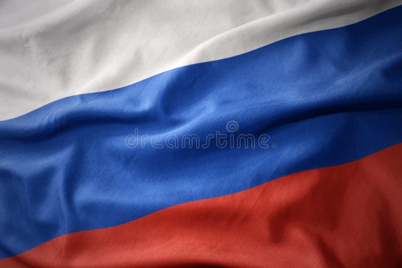 Развевая красочный флаг России стоковое изображение rf