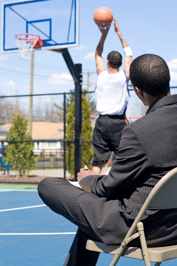 разведчик баскетбола стоковое фото