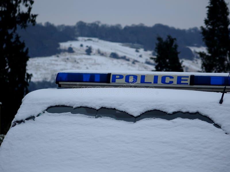 Раздел знака и Windscreen верхней части крыши полицейской машины стоковые фотографии rf