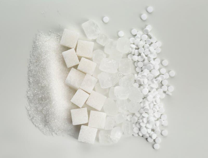 Различные виды сахара на белой предпосылке стоковая фотография rf