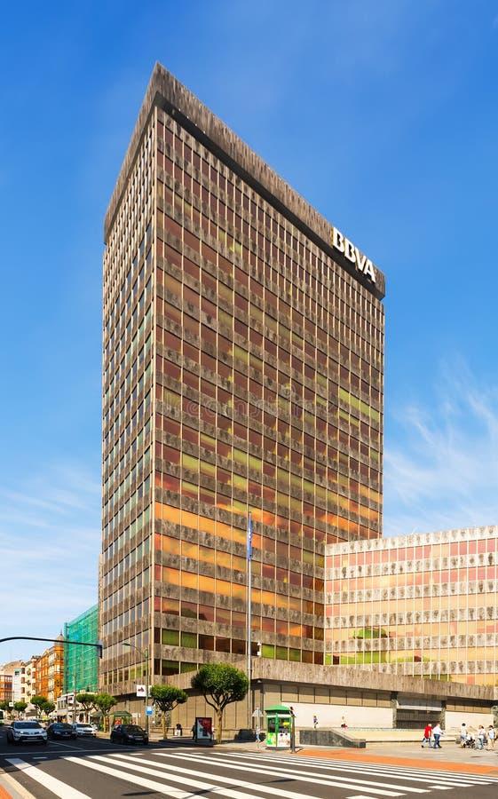 Размещанный штаб BBVA на Бильбао стоковые изображения rf