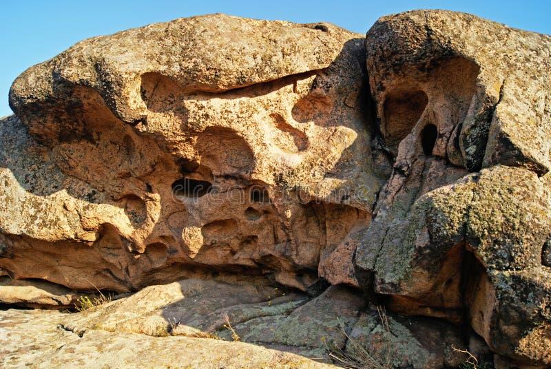 Размывание утеса выдержано образования геологохимические стоковые изображения