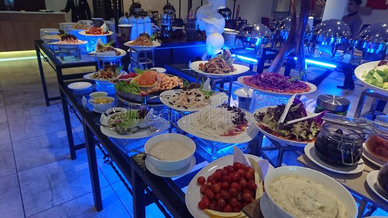 Разнообразие бара служа салатов стоковые изображения