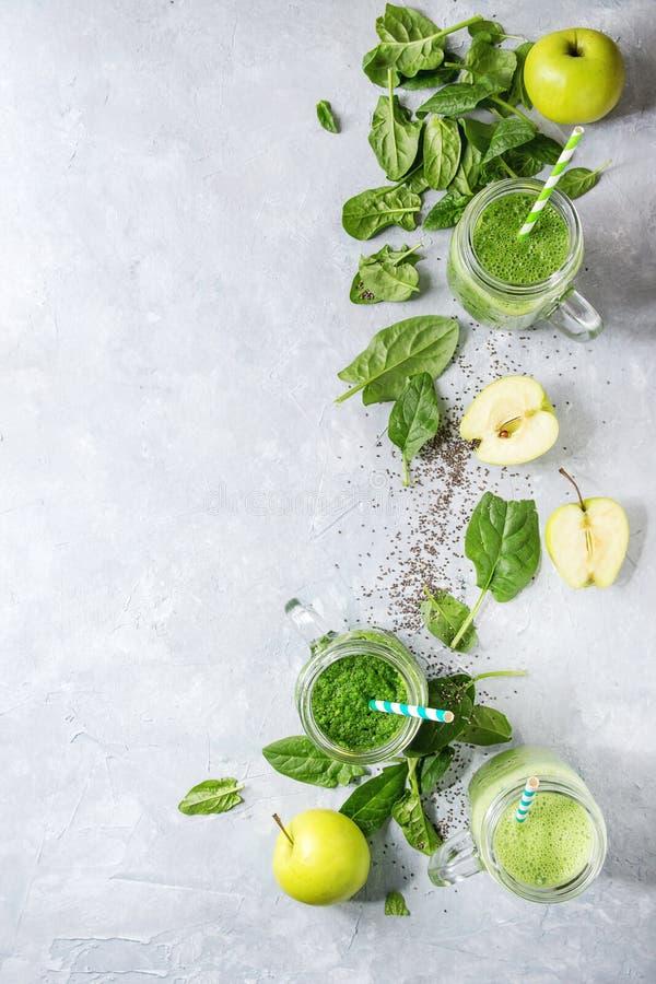 Разнообразие зеленого smoothie стоковые фотографии rf