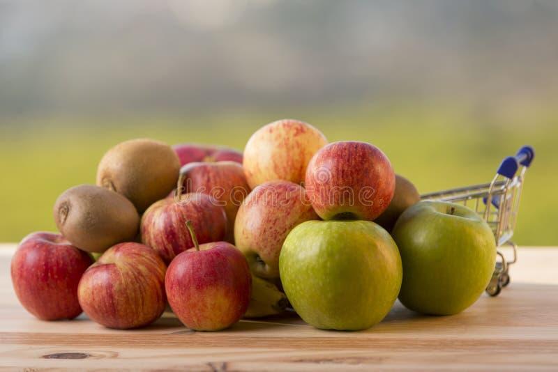 разнообразие плодоовощей стоковые фото