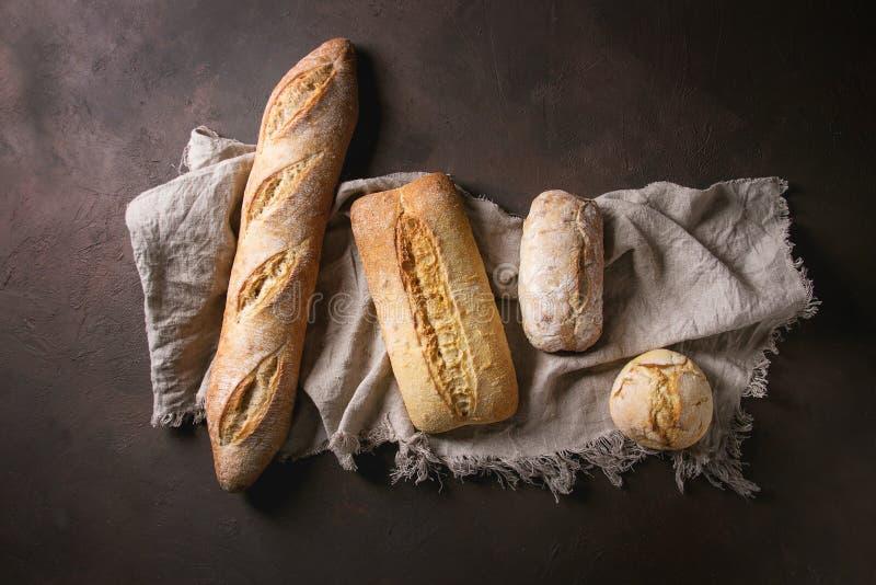 Разнообразие хлеба ремесленника стоковое изображение rf
