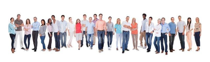разнообразные люди группы стоковое изображение rf